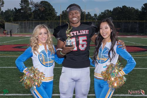 Senior Naseme Colvin Breaks a Skyline Football Record